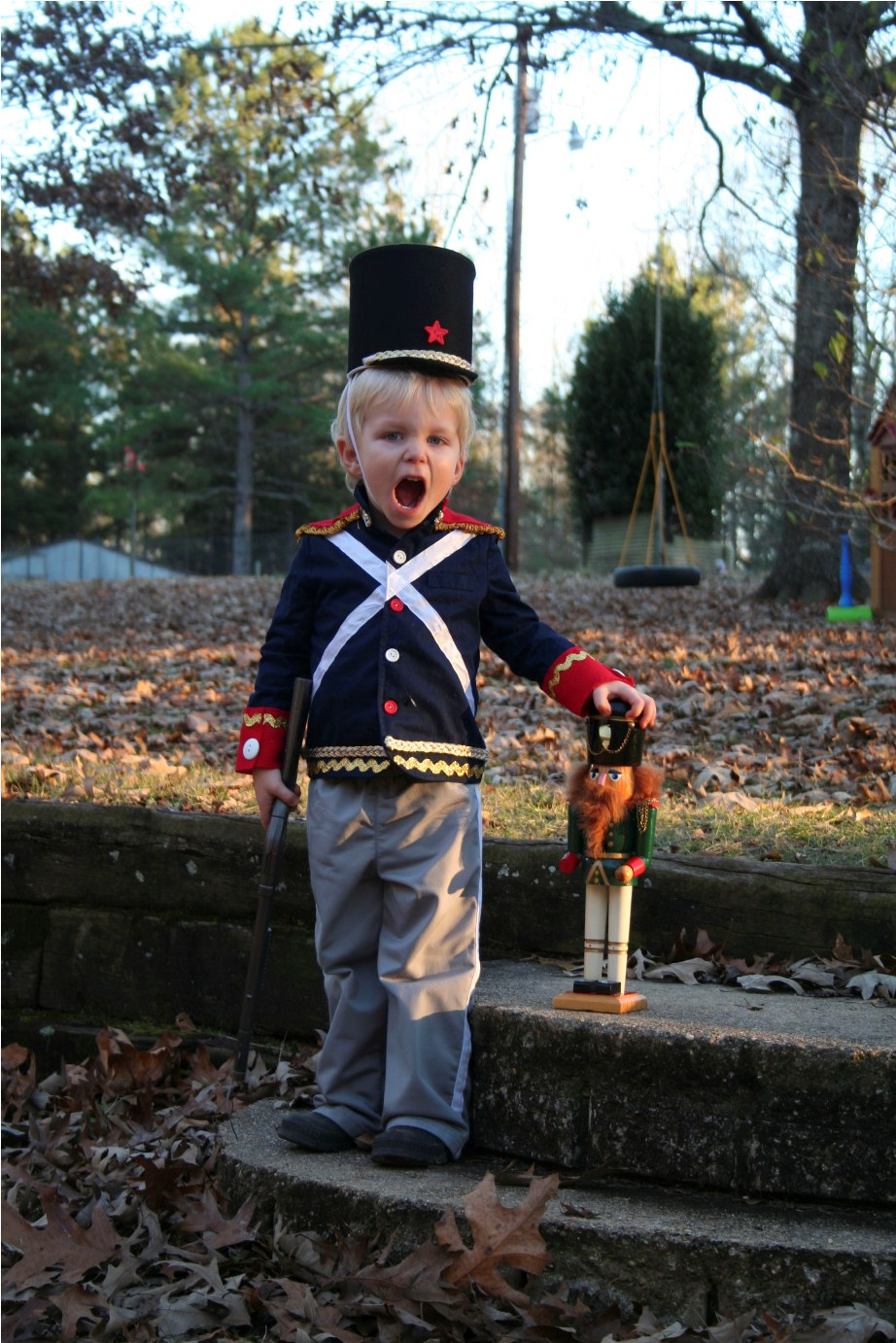 Easy Diy Nutcracker Toy Soldier Costume Two Girls Blog